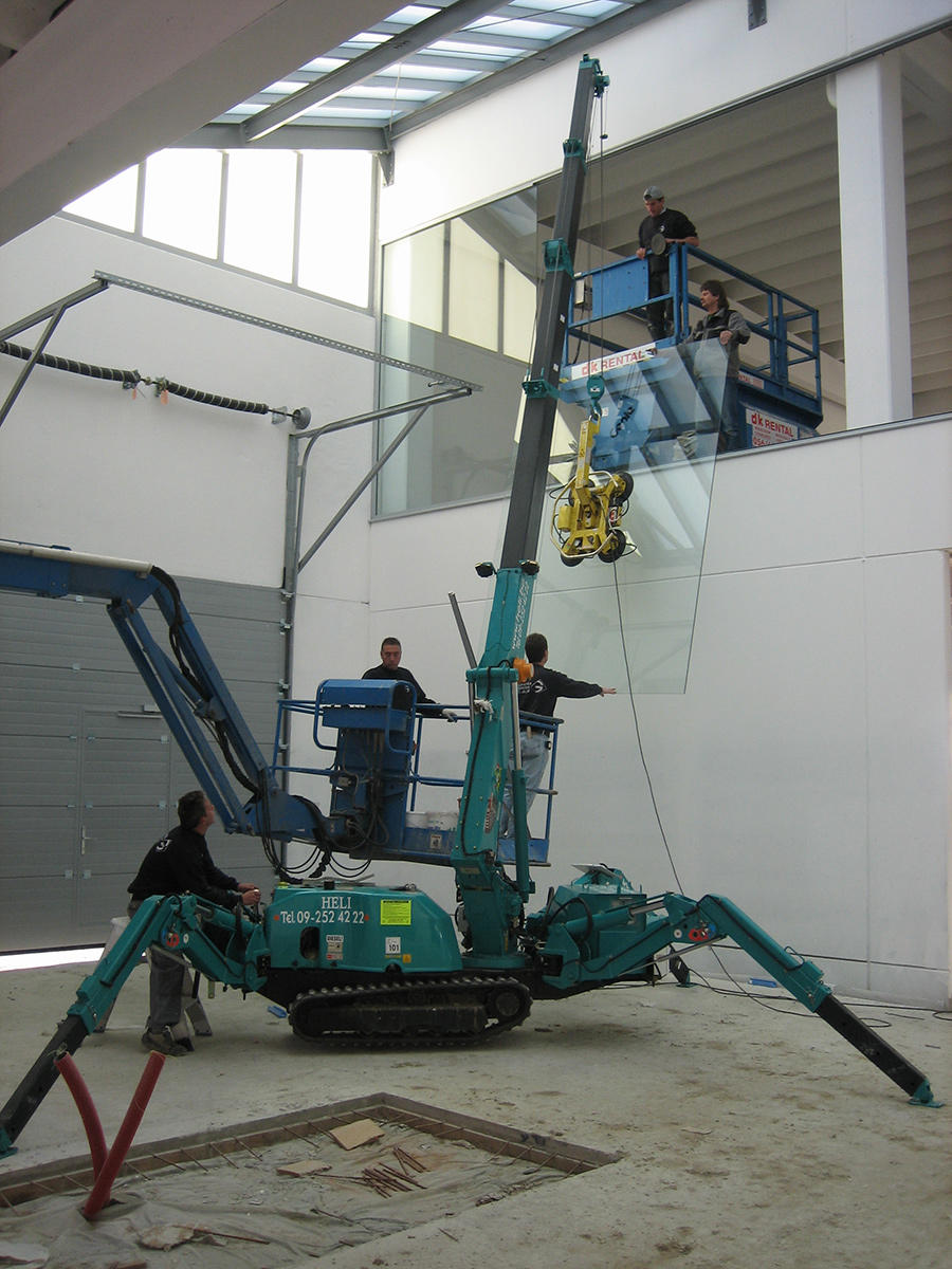 MC285-2 Glazing 2