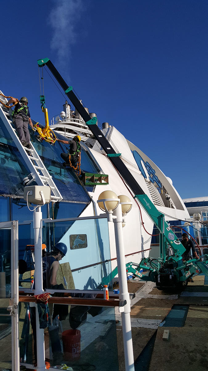 MC285-2 Ship Glazing On Upper Deck Of Cruise Ship US